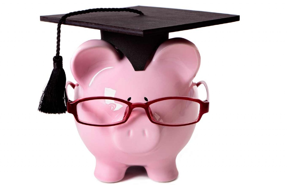 For a financially sound student life | Laval Families Magazine | Laval's Family Life Magazine